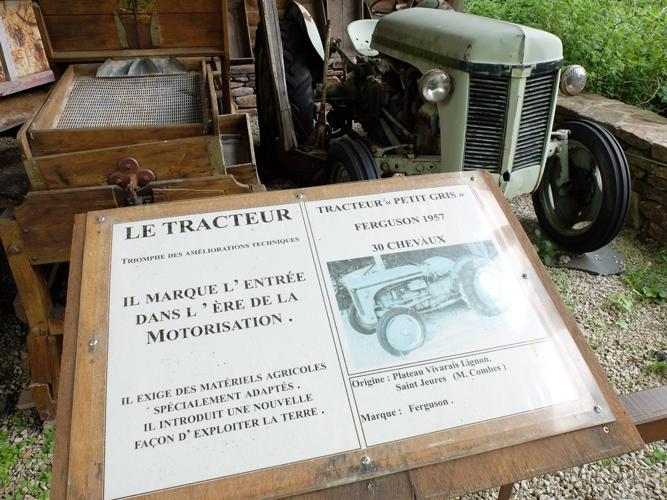 jardin-botanique-musée-outils-anciens